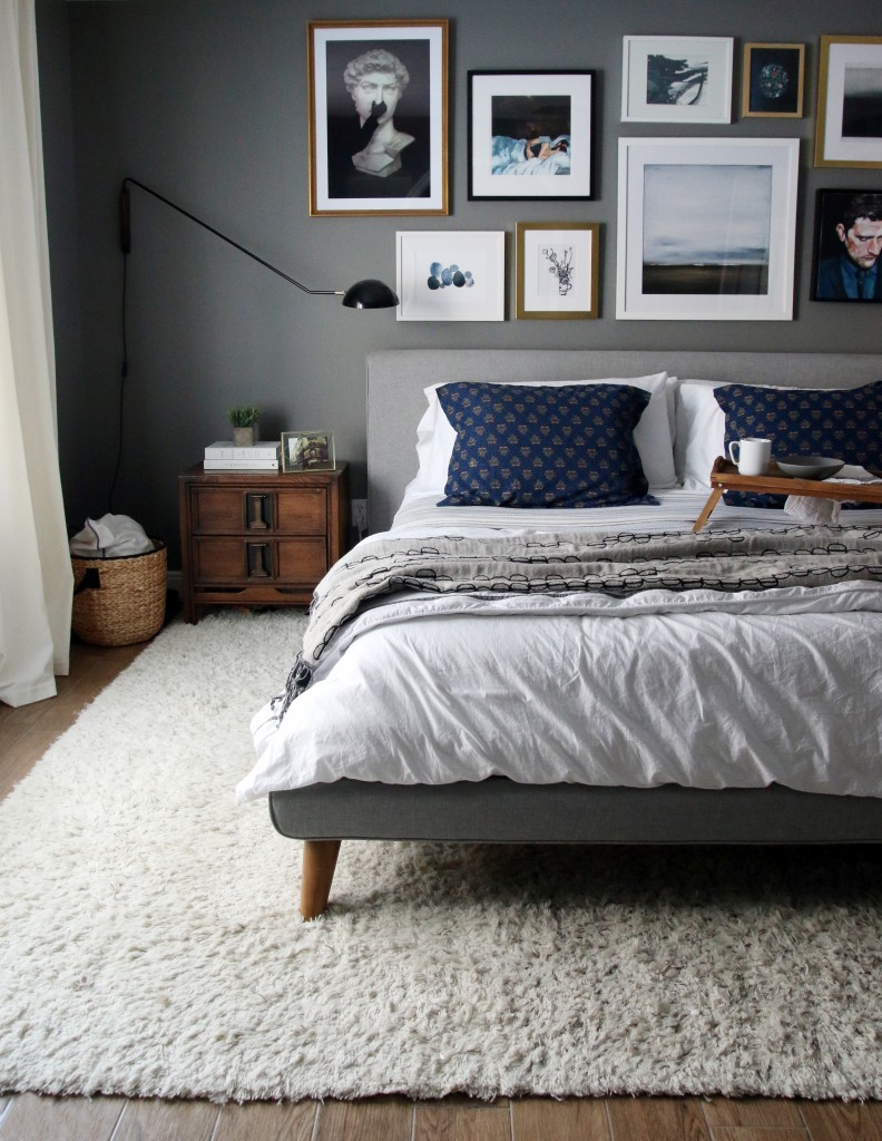 This is an easy to obtain, mid-century modern type of mood that carries the luxury of shag carpet to make it complete.